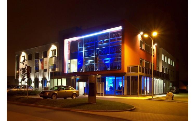 Slavnostně otevřena nová budova JVTP
