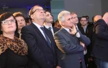 slavnostniho-otevreni-se-zucastnili-take-ministr-prumyslu-a-obchodu-jan-mladek-vlevo-a-predseda-senatu-milan-stech-vpravo